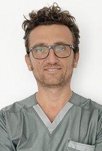 Dottor Umberto Marchesi - Dentista a Pavia